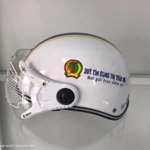 Mũ bảo hiểm quảng cáo có kính - Quỹ tín dụng